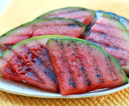med i grilovana lubenica