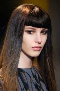 Elegantna ravna kosa