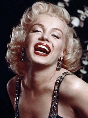 Marilyn Monroe frizura