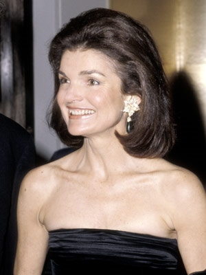 Jacqueline Kennedy Onassis frizura