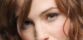 boja kose uz braon oči
