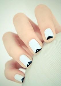 Crno beli francuski manikir
