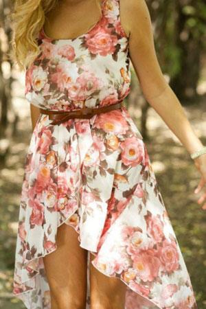 Ženstvena cvetna haljina