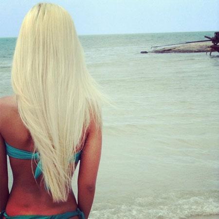 Savršena platinasto plava boja kose