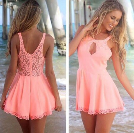 Vrela pastelna haljina