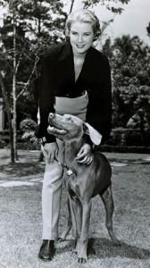 6. Januar 1956 godine, Grace sa svojim psom nekoliko meseci pre udaje