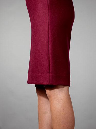 Olovka suknja iznad kolena