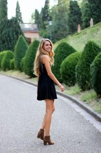 Klasična mala crna haljina