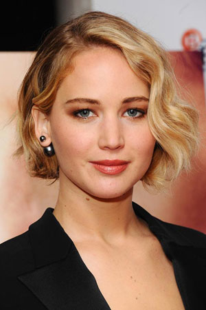 Jennifer Lawrence – Kratka bob frizura sa teksturom