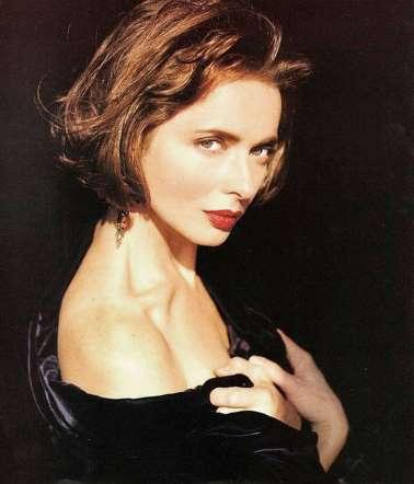 Isabella Rossellini frizura
