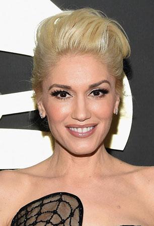 Gwen Stefani – Podignuta kosa i blaga šminka