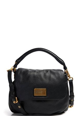 klasicna crna torba sa zlatnim detaljima