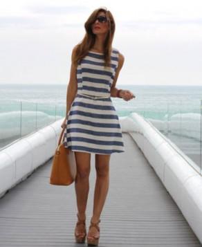 haljina na plavo bele pruge