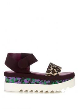 sandale sa printom i ravnom platformom