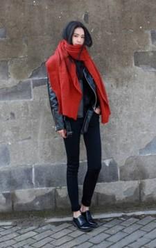 crveni oversized sal