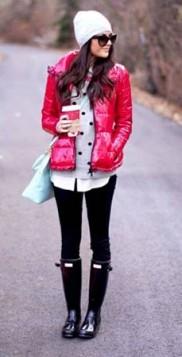 crvena puffer jakna