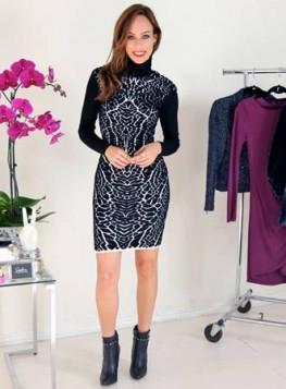 crna rolka i haljina sa printom