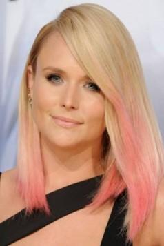 Miranda Lambert svetlo roze krajevi kose