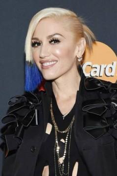 Gwen Stefani duboko ljubicasti i crni krajevi kose
