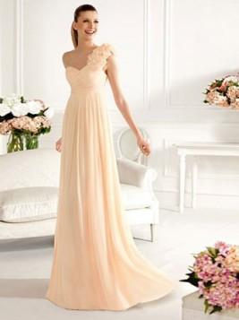 nezno roze haljina na jedno rame