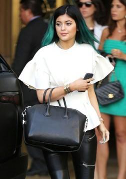 klasicna crna Givenchy torba
