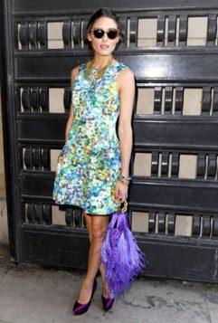 haljina sa cvetnim printom i torba sa resama