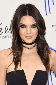 duga slojevita frizura Kendall Jenner