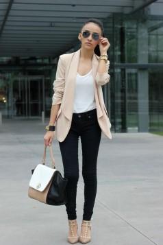 bela bluza farmerice i bez blejzer
