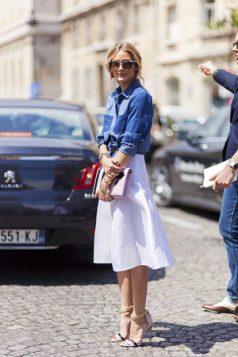 Olivia Palermo teksas kosulja uz sofisticiranu belu suknju