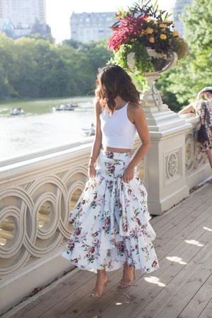 maksi suknja sa karnerima