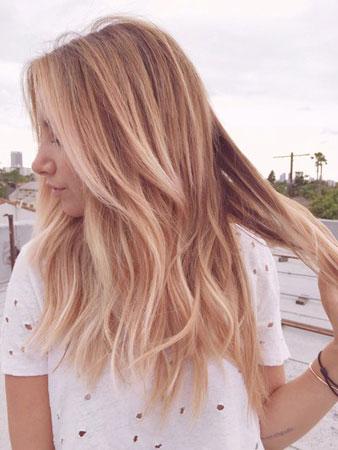 zlatno roze boja kose