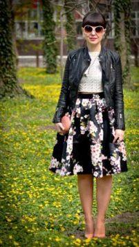 cvetna suknja i kozna jakna