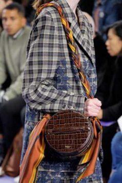 okrugla torba sa marama drskom