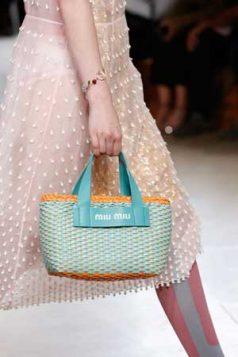 plava slamasta torba