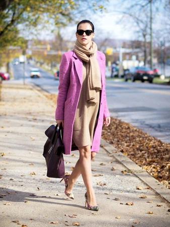 pink kaput i kamel haljina