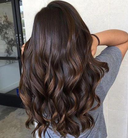 3. Tamno čokoladno braon boja kose