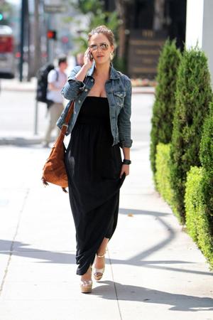 kratke teksas jakne - crna maksi haljina
