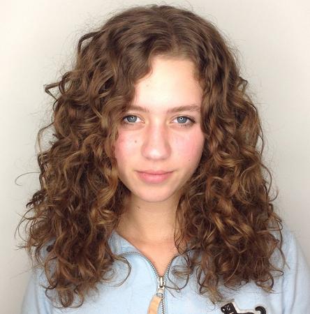 frizure za talasastu kosu- sire lokne
