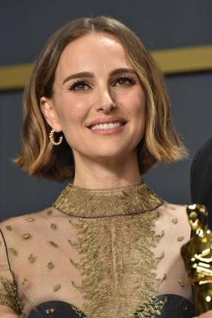 razdeljak na sredini-bob frizure za retku kosu