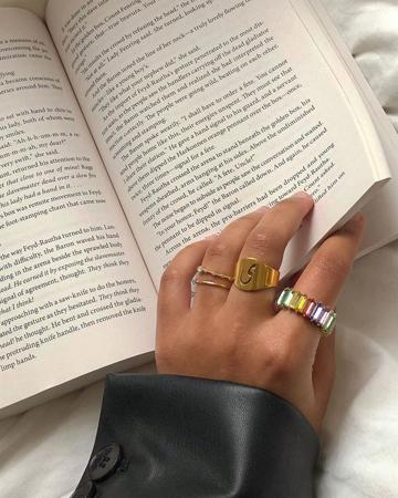 prsten sa slovom