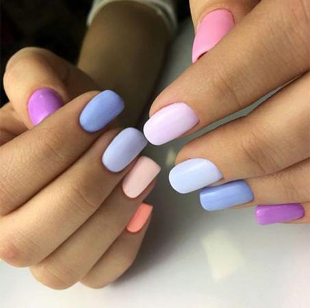 pastelni moderni nokti za prolece